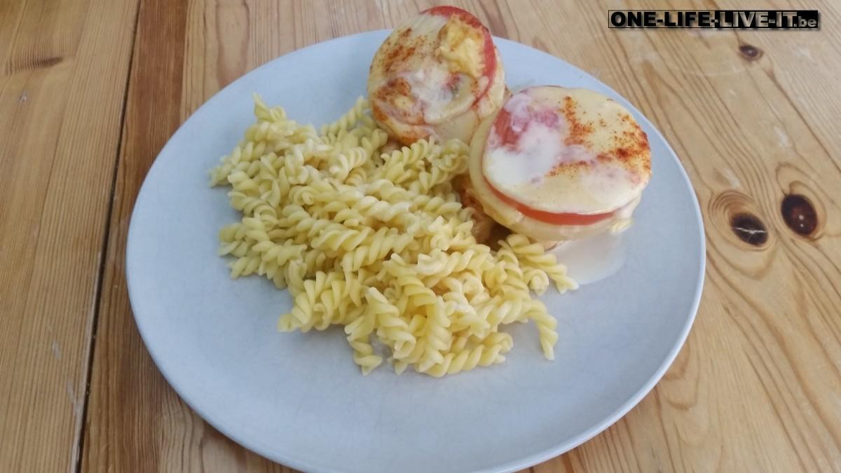 Kip met ananas en rijst